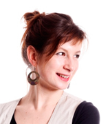 Rebecca-Haeusel-Portraitfoto