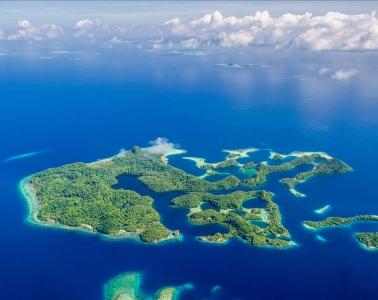 tauchen-raja-ampat-indonesien-pulau-pef-by-raja4divers
