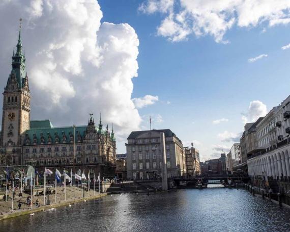 24 Stunden in Hamburg