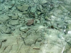 Globesession_Tuerredda_Wasser Steine