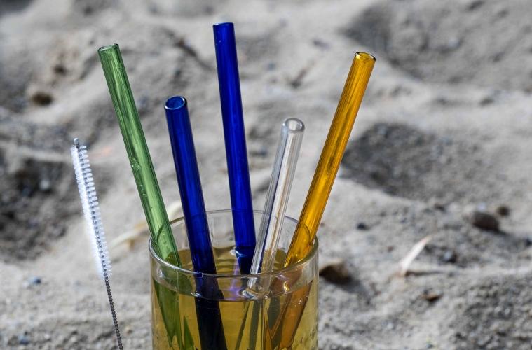 Glass Strohhalme von Strawganic wollen helfen den Plastikmüll zu reduzieren