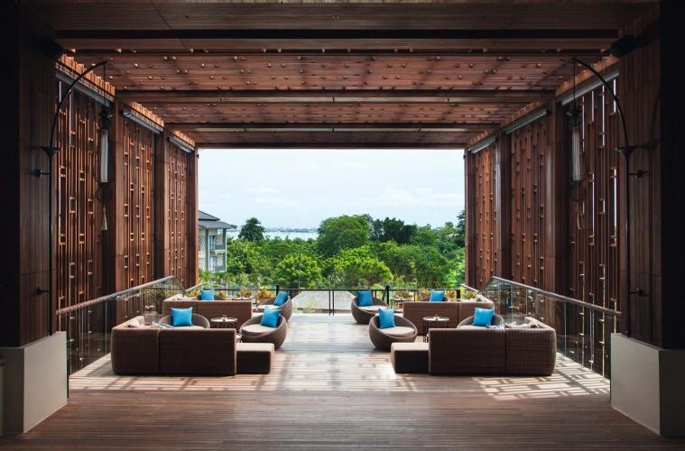 Moevenpick Hotel Jimbaran Bali 01